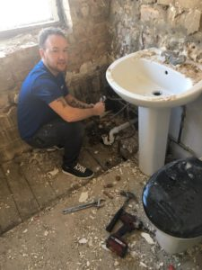 Lewis Horsted ripping out NICU Big Build bathroom